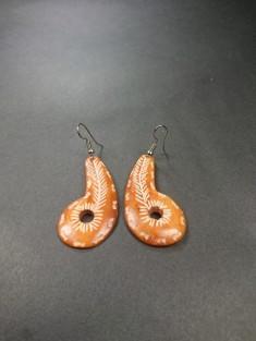 boucles d'oreilles ethniques os pendantes